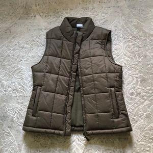 Thick warm Lady Foot Locker winter puffer vest